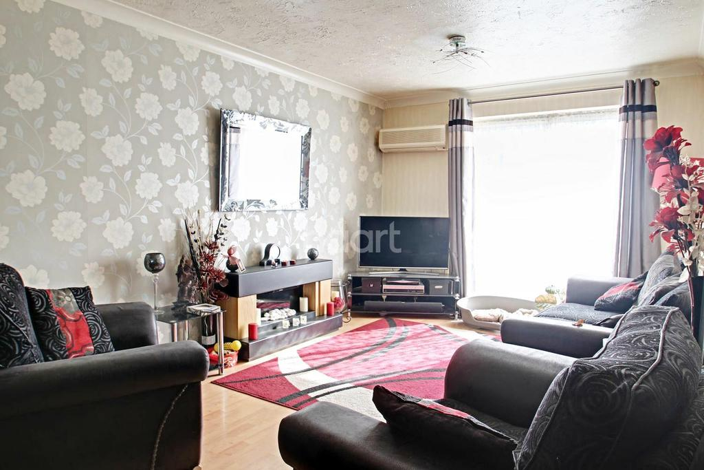 4 Bedrooms Detached House for sale in Park Wood Close, Broadstairs, CT10