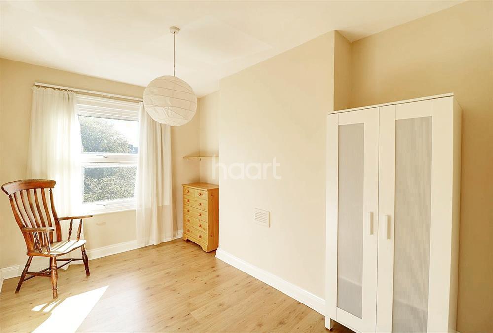 3 Bedrooms Maisonette Flat for sale in White Hart Lane, Wood Green, N22