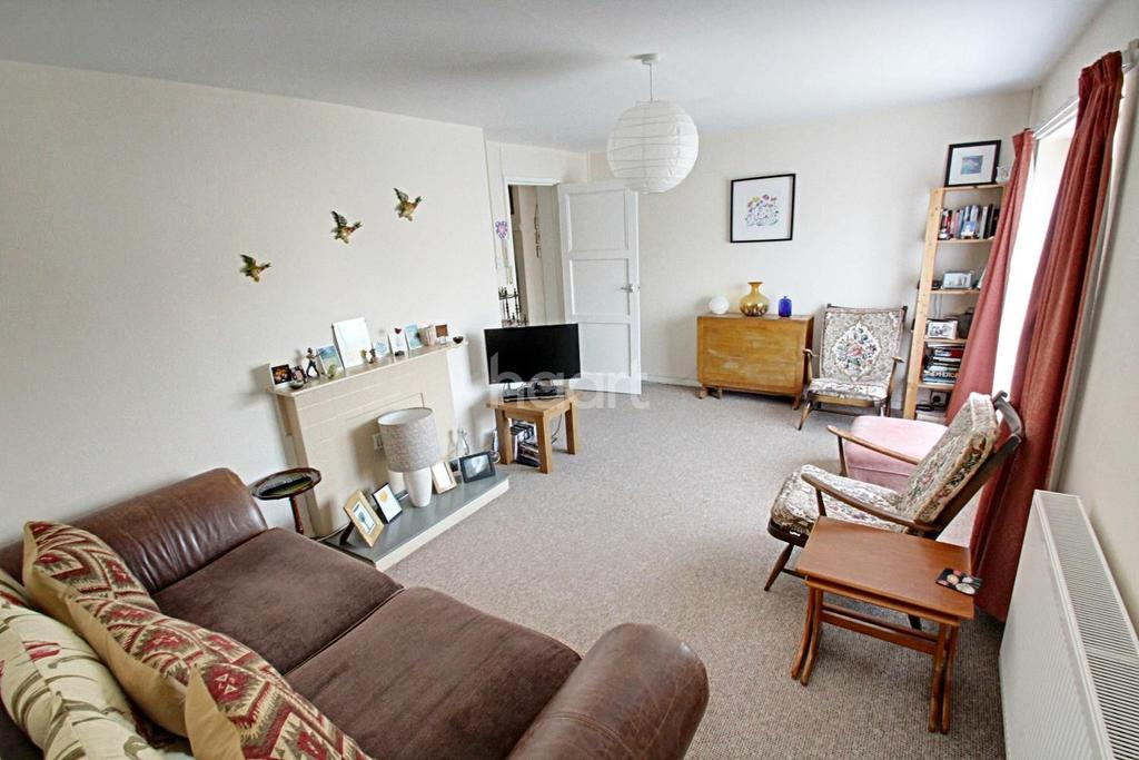 2 Bedrooms Flat for sale in Brookway