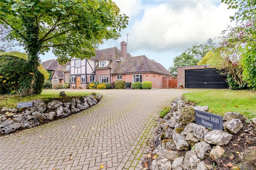 6 Bedrooms Detached House for sale in Stag Lane, Chorleywood, Herts, WD3