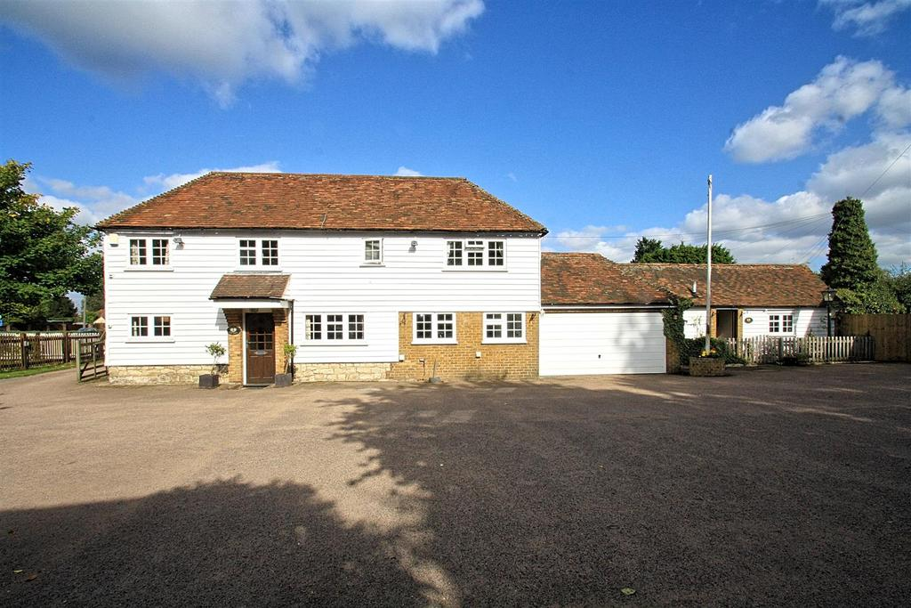 5 Bedrooms Detached House for sale in Heath Road, Boughton Monchelsea, Maidstone