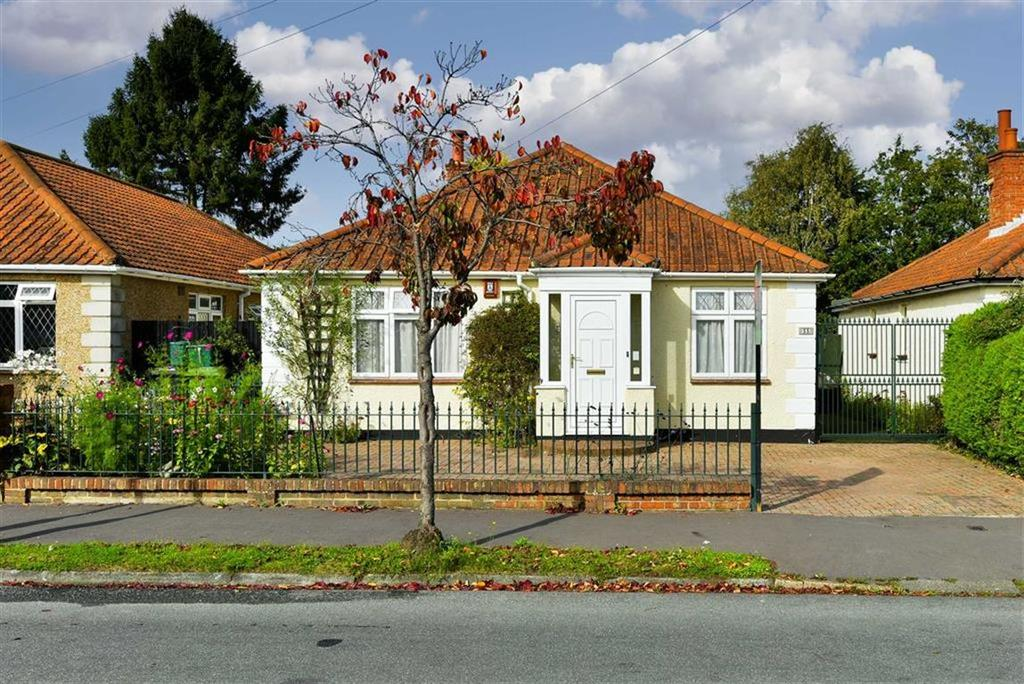 3 Bedrooms Detached Bungalow for sale in Lansdowne Road, Ewell West, Surrey