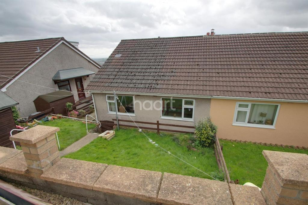 2 Bedrooms Bungalow for sale in Pentland Close, Pontymister, Risca