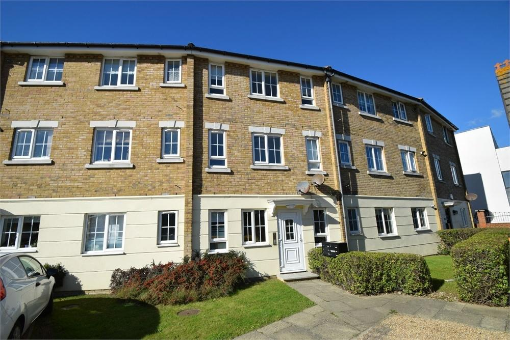 2 Bedrooms Flat for sale in Long Beach View, North Harbour, East Sussex