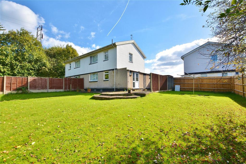 3 Bedrooms Semi Detached House for sale in Newport Mead, Watford, Hertfordshire, WD19