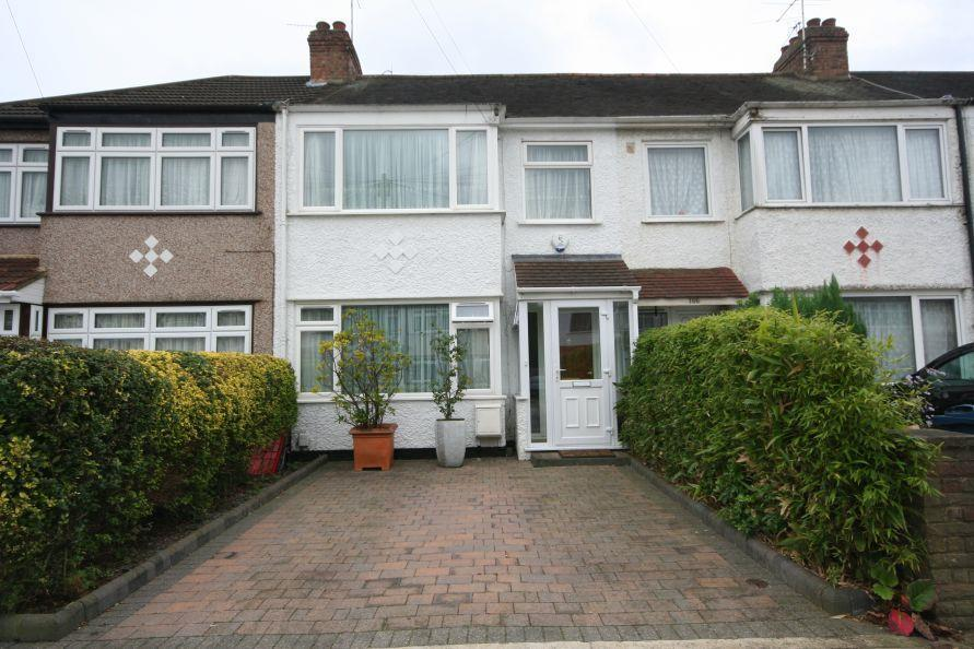 3 Bedrooms Terraced House for sale in St Pauls Avenue, Kenton HA3 9PU