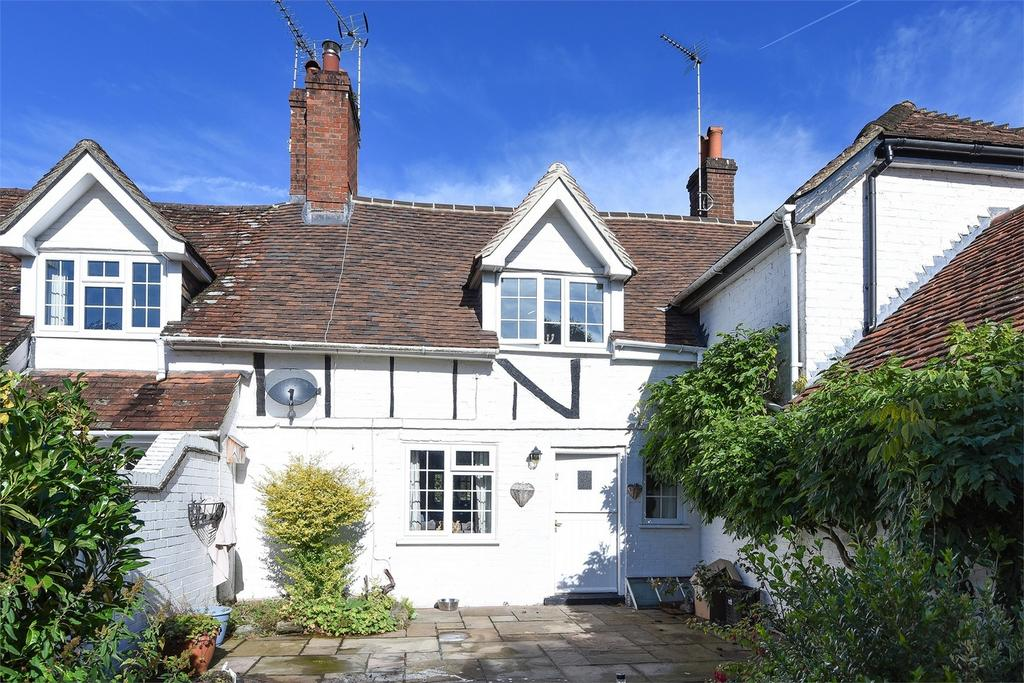2 Bedrooms Terraced House for sale in Frensham, Farnham, Surrey