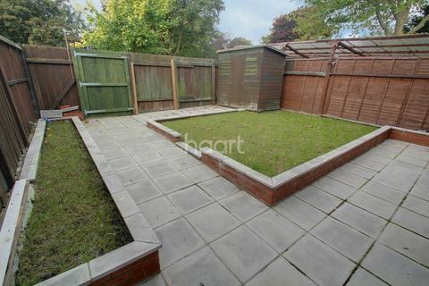 3 bedroom terraced house for sale - Ravensthorpe, Peterborough
