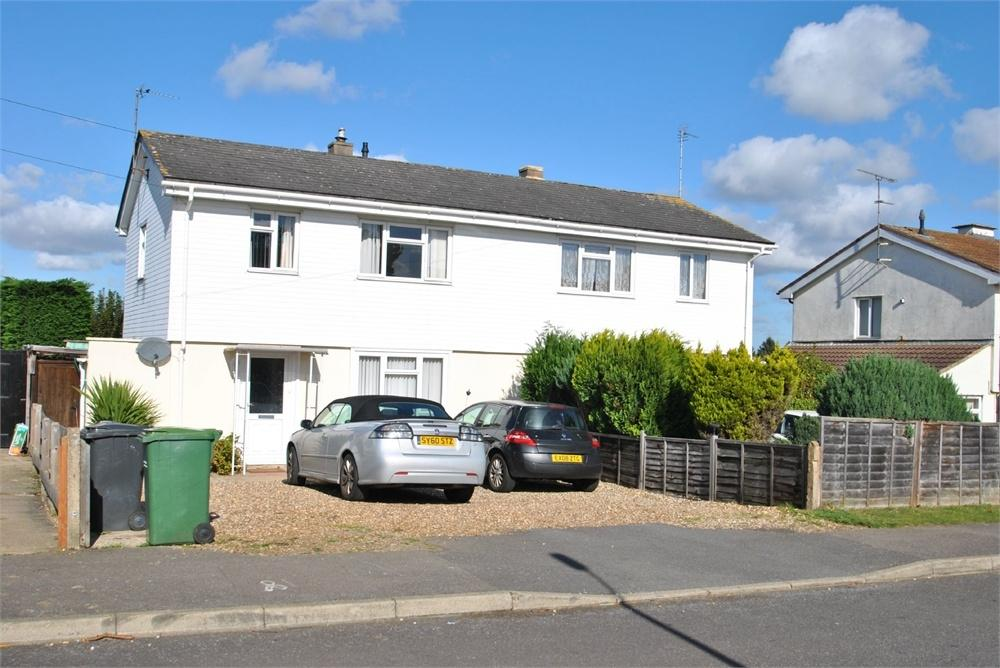 5 Bedrooms Semi Detached House for sale in Rosemary Avenue, BRAINTREE, Essex