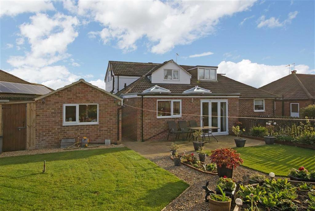 3 Bedrooms Semi Detached Bungalow for sale in Forest Grove, Harrogate, North Yorkshire