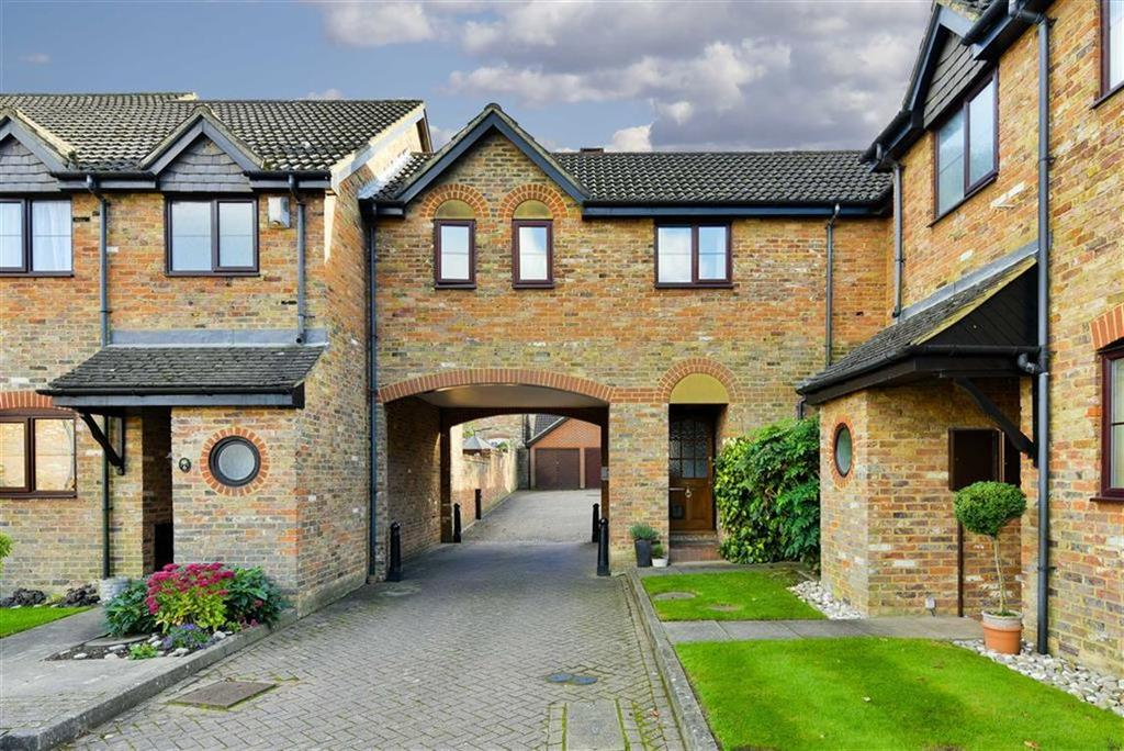 1 Bedroom Terraced House for sale in Lower Dunnymans, Banstead, Surrey
