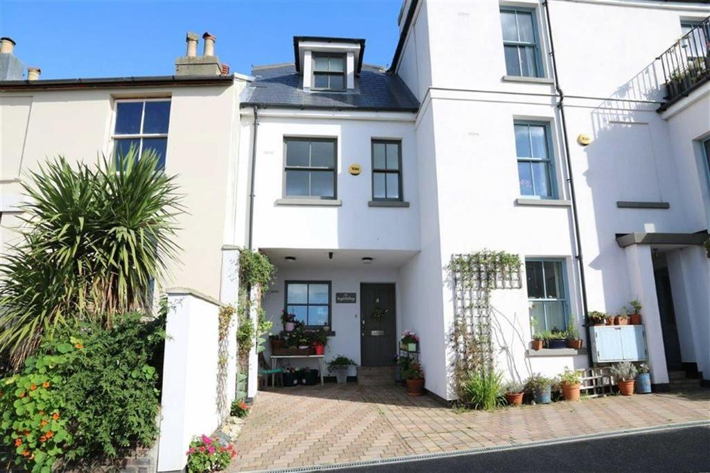 3 Bedrooms Town House for sale in St Marys Terrace, Hastings