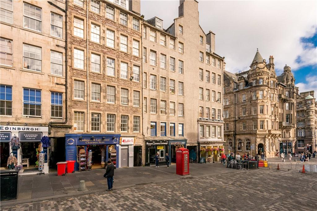 2 Bedrooms Flat for sale in Jackson's Close, 209 High Street, Edinburgh, Midlothian, EH1