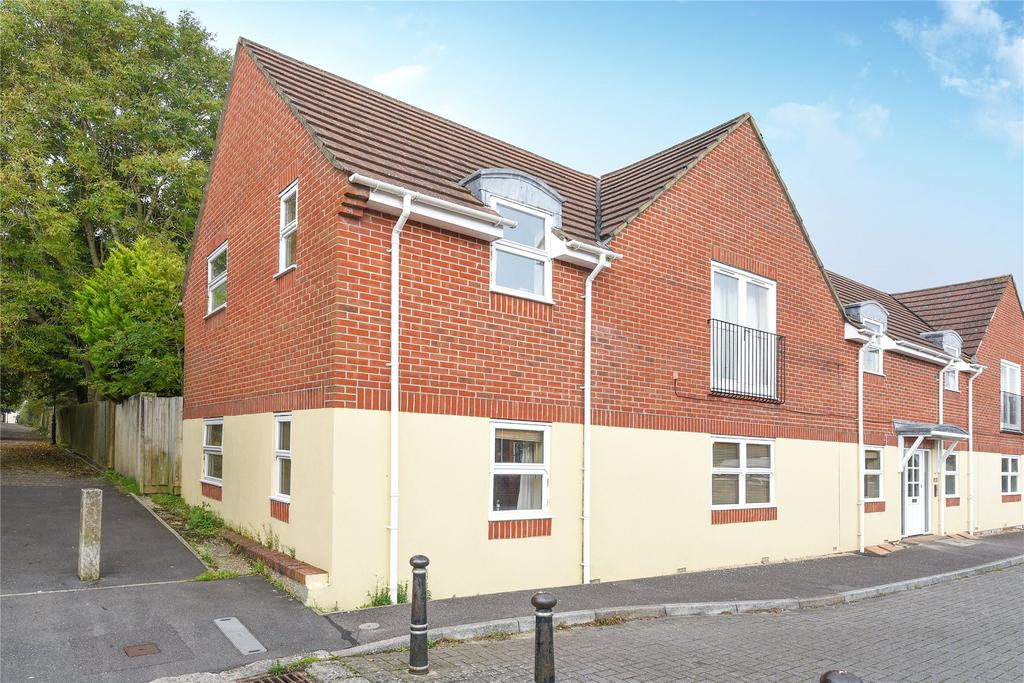2 Bedrooms Apartment Flat for sale in Cambridge Road, Dorchester
