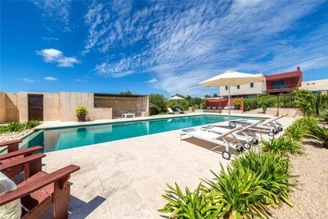4 bedroom detached house  - Villa, Unique In Style With Views, Ses Salines, Mallorca