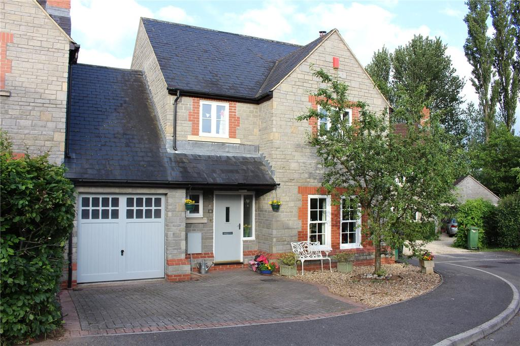 4 Bedrooms Link Detached House for sale in Springfield Close, Cross, Axbridge, Somerset, BS26