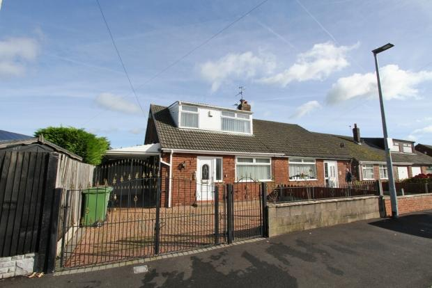 3 Bedrooms Semi Detached Bungalow for sale in Cleveland Drive Ashton In Makerfield Wigan