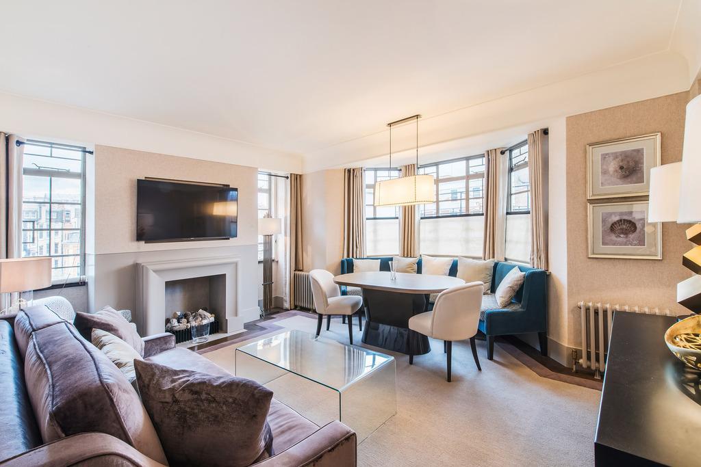 2 Bedrooms Flat for sale in Sloane Street, London, SW1X