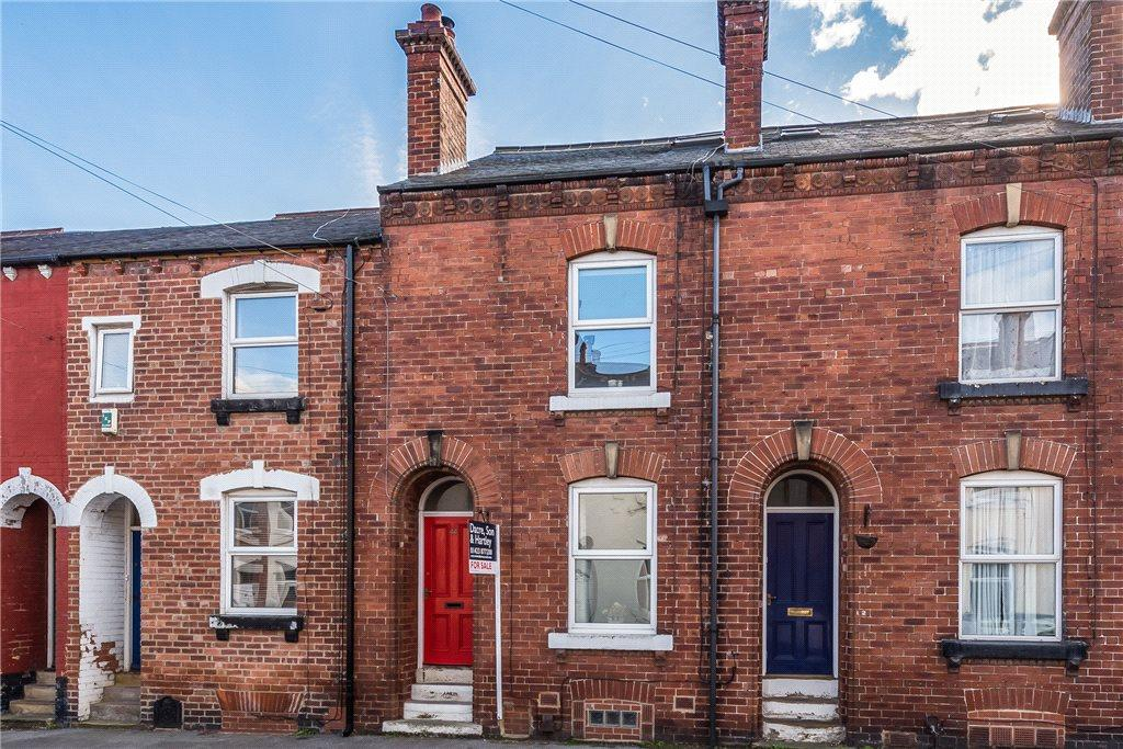3 Bedrooms Terraced House for sale in Chatsworth Road, Harrogate, North Yorkshire