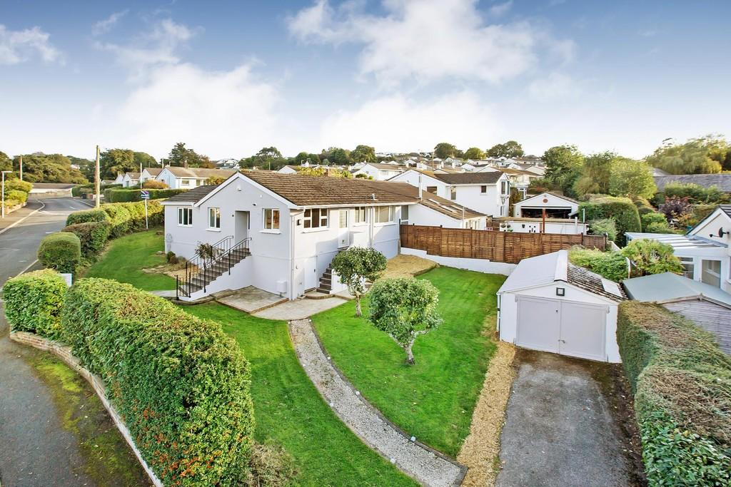 2 Bedrooms Semi Detached Bungalow for sale in Parkfield Close, Marldon