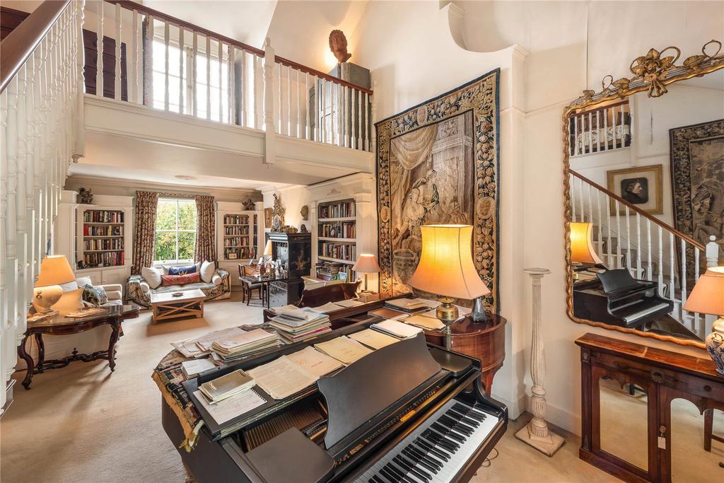 7 Bedrooms Terraced House for sale in Bassett Road, North Kensington, London