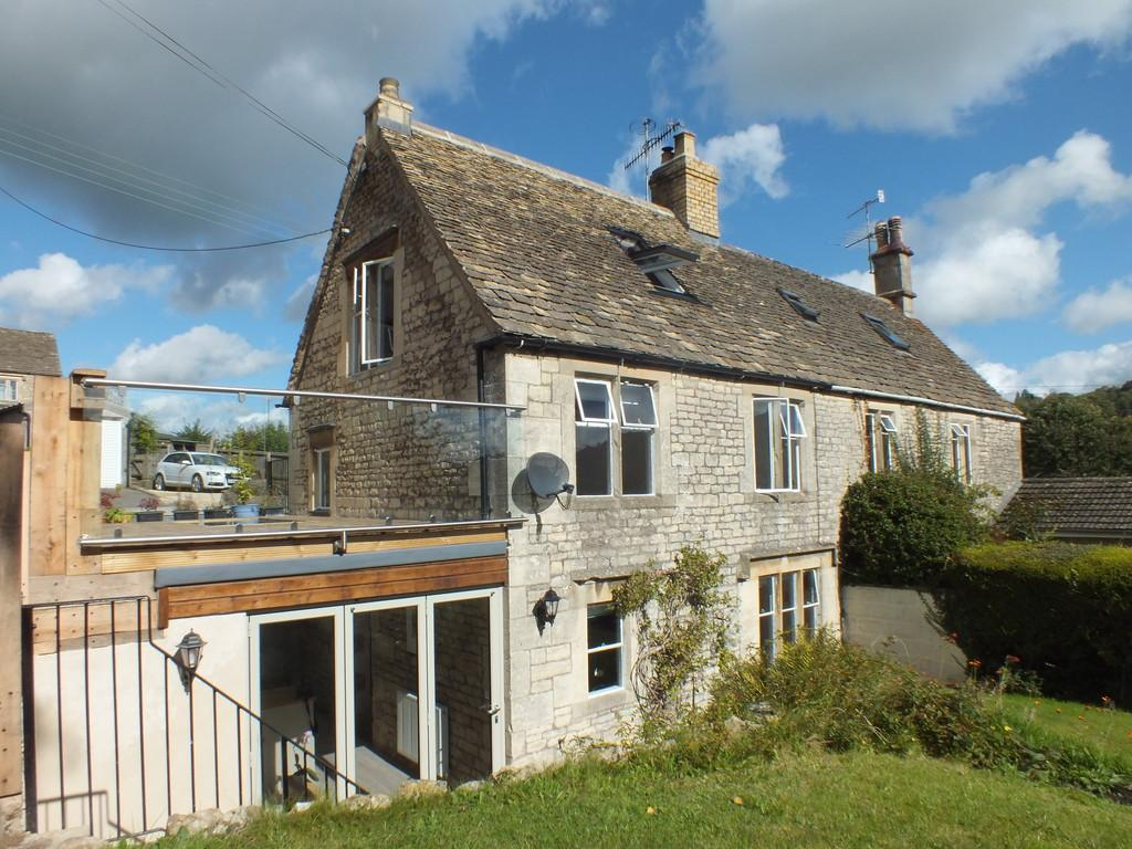 3 Bedrooms Semi Detached House for sale in Windsoredge, Nailsworth