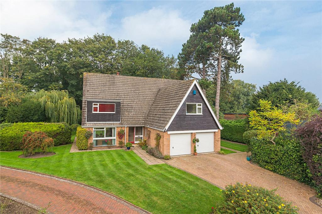 5 Bedrooms Detached House for sale in St. Andrews Park, Histon, Cambridge, CB24