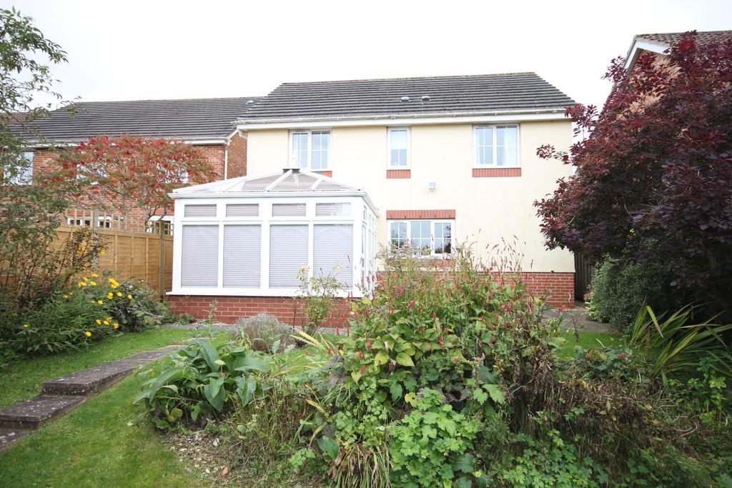 4 Bedrooms Detached House for sale in ANDREWS WAY, HARNHAM, SALISBURY, WILTSHIRE, SP2 8QR