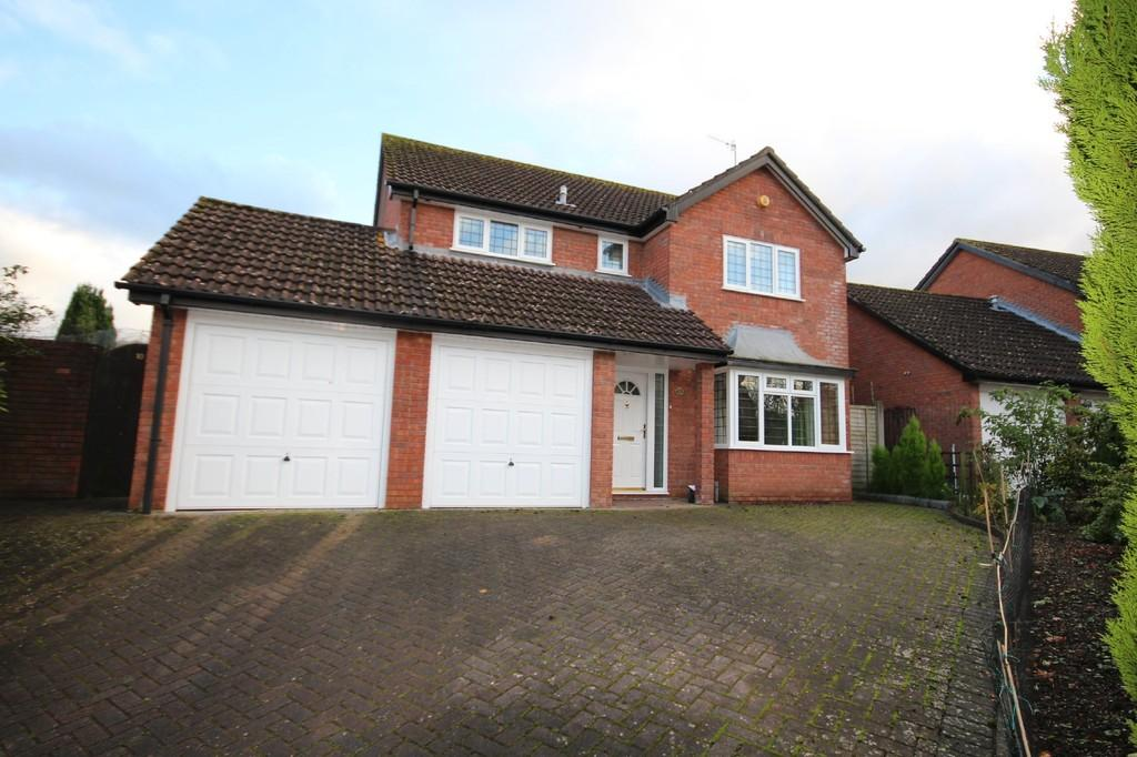 4 Bedrooms Detached House for rent in Robinson Close, Backwell