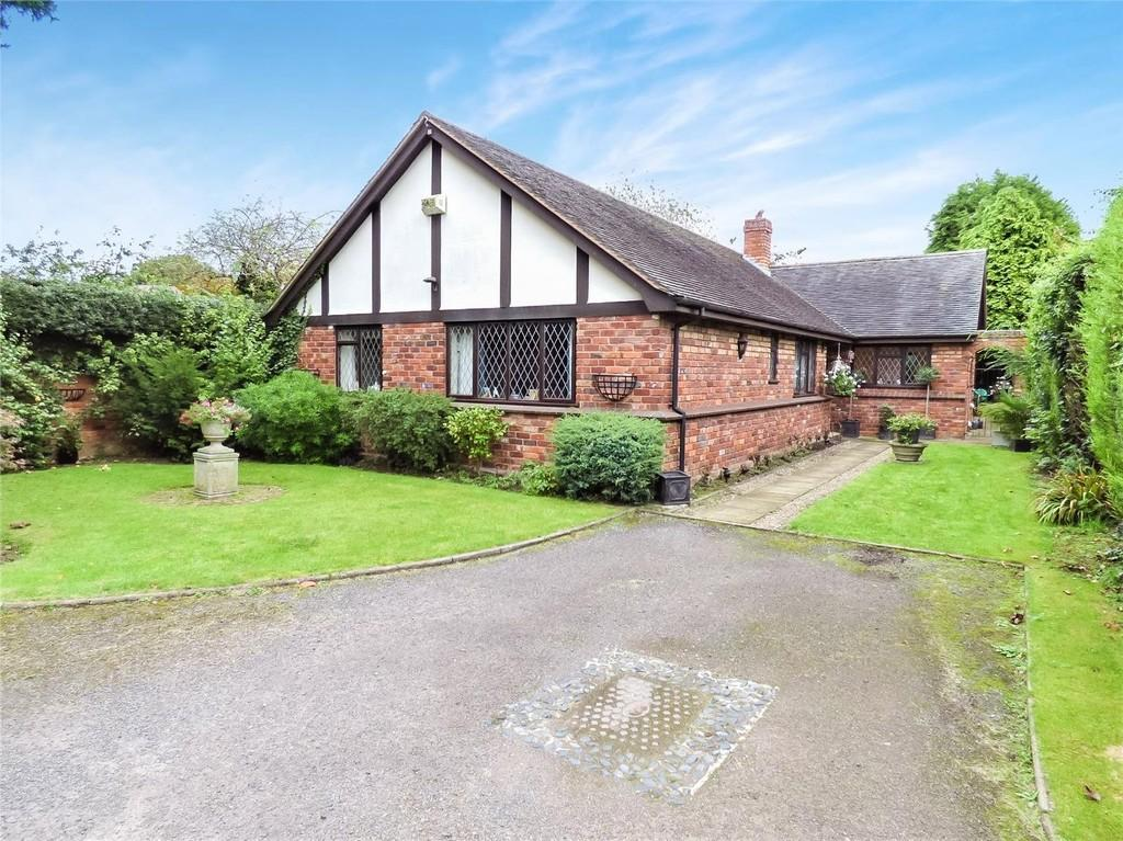 3 Bedrooms Detached Bungalow for sale in The Moorings, Alrewas, Staffordshire