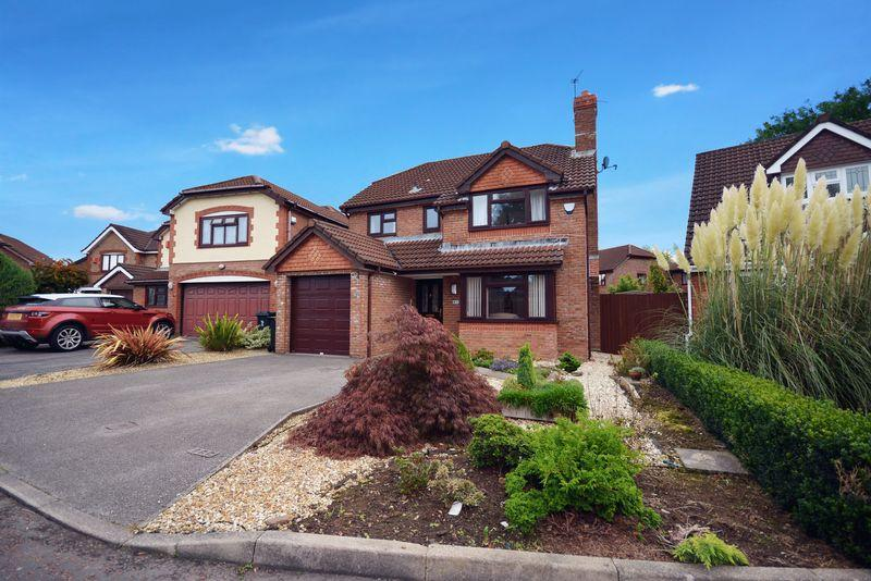 4 Bedrooms Detached House for sale in The Shires, Marshfield, Cardiff