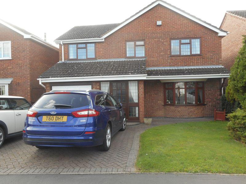 4 Bedrooms Detached House for sale in Pallett Drive, Nuneaton