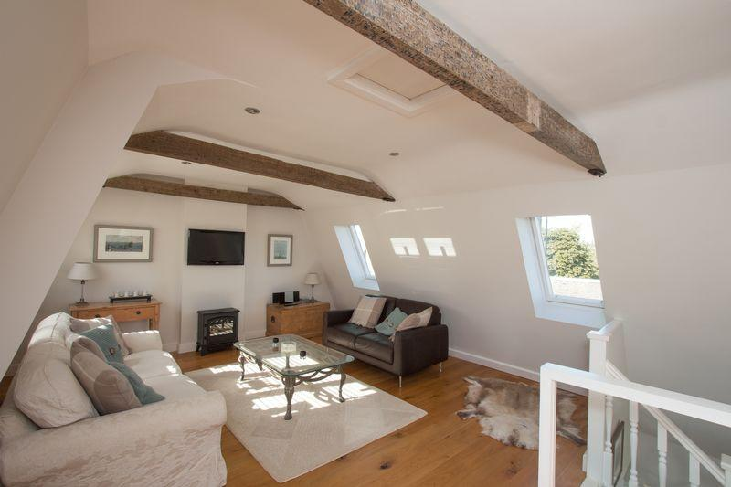 2 Bedrooms Terraced House for sale in The Granary, Church Street, Stamford