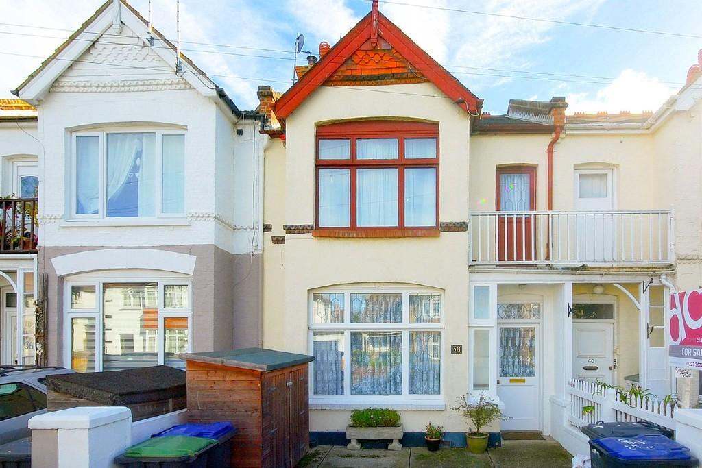 1 Bedroom Ground Flat for sale in Douglas Road, Herne Bay