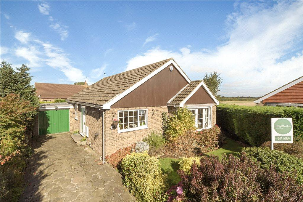 3 Bedrooms Detached Bungalow for sale in Saddlers Way, Long Marston, York, North Yorkshire