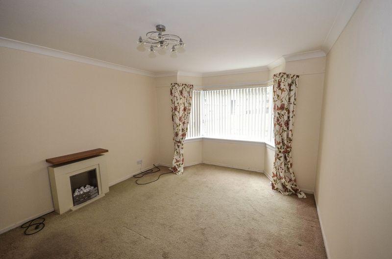 2 Bedrooms Apartment Flat for sale in Backbrae Street, Kilsyth