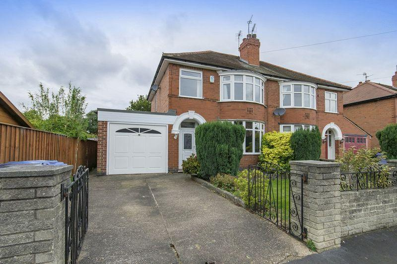 3 Bedrooms Semi Detached House for sale in ARLINGTON DRIVE, ALVASTON