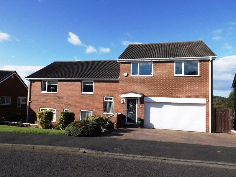 4 Bedrooms Detached House for sale in Bankside, Morpeth