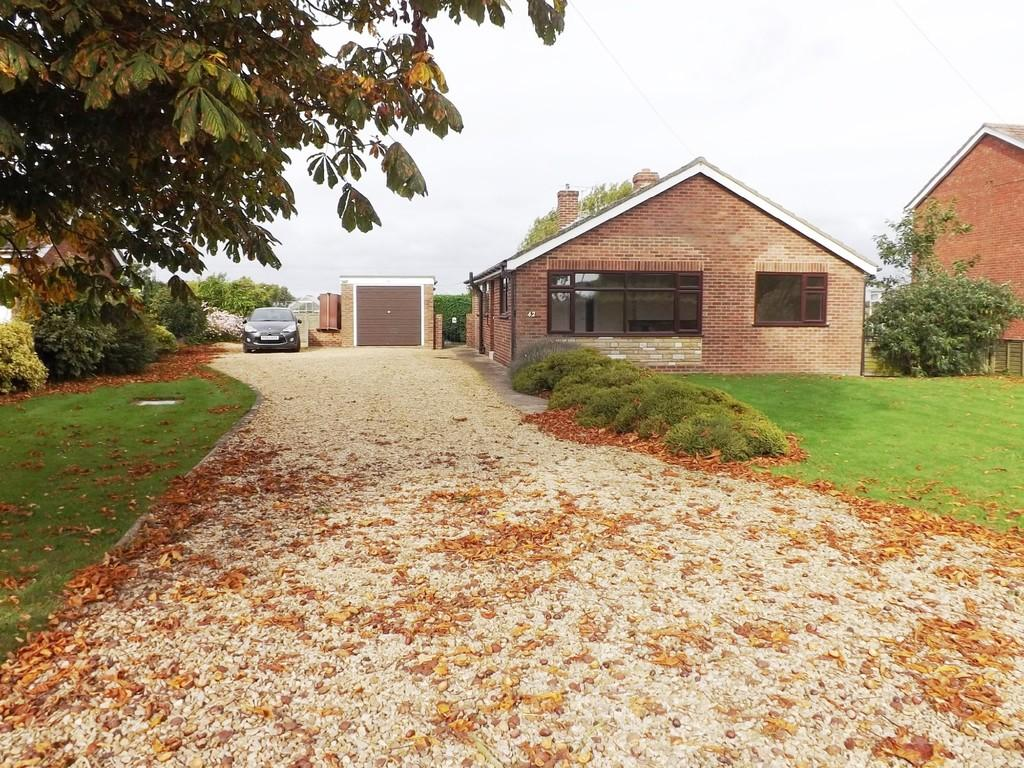 2 Bedrooms Detached Bungalow for sale in Long Sutton