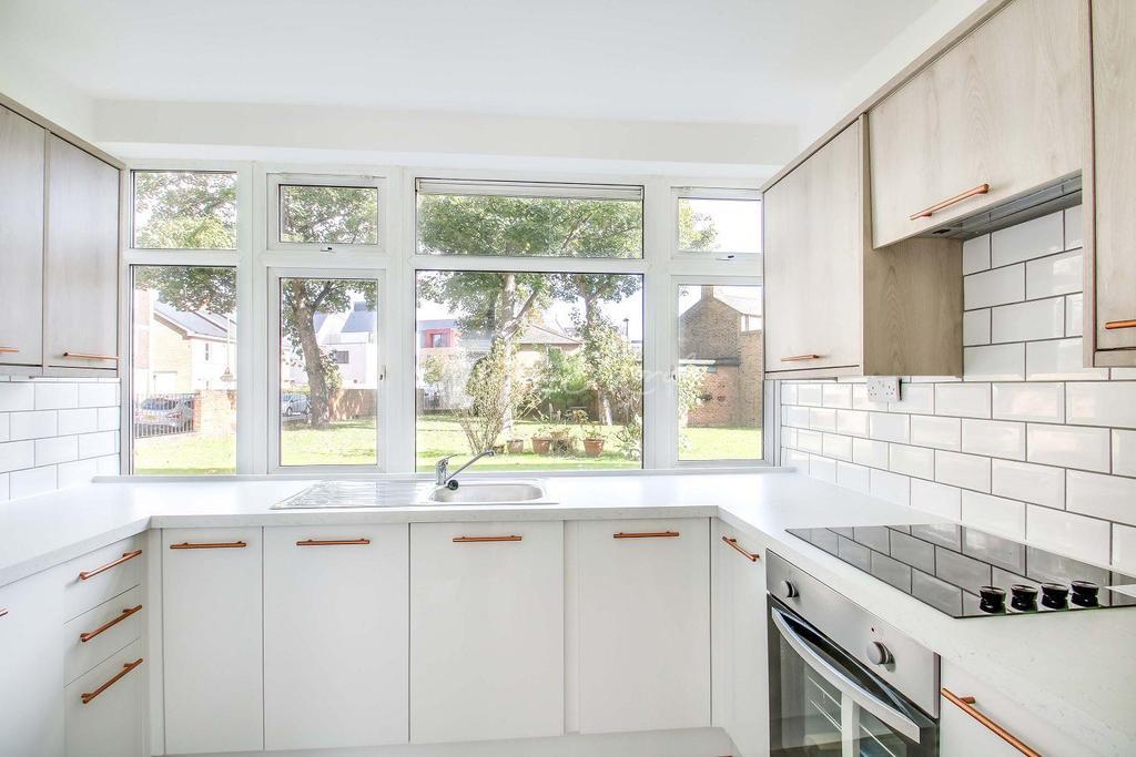 2 Bedrooms Flat for sale in Christchurch Way, Greenwich, London, SE10 9AL
