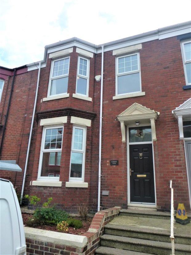 3 Bedrooms Terraced House for sale in OAKWOOD STREET, THORNHILL, SUNDERLAND SOUTH