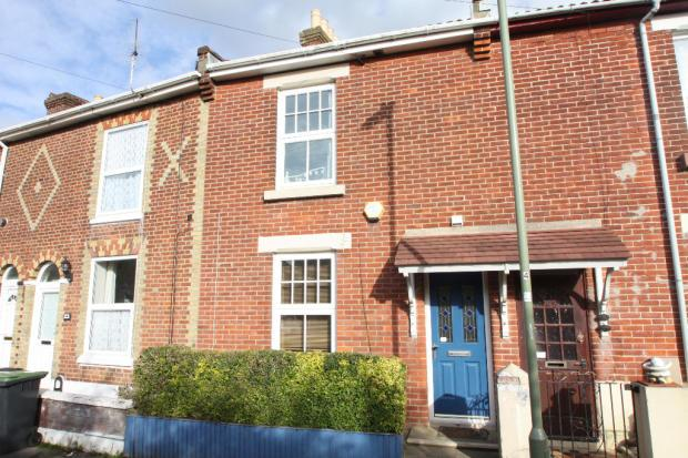 3 Bedrooms Terraced House for sale in Cleveland Road, Gosport PO12