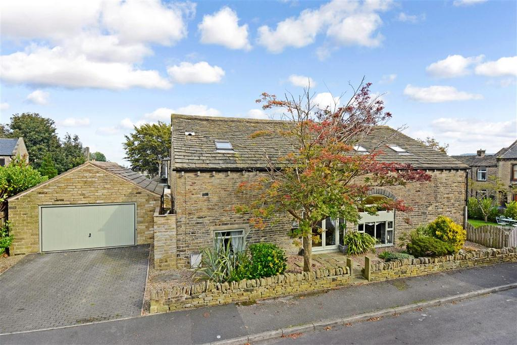 5 Bedrooms Detached House for sale in Stainland, Halifax