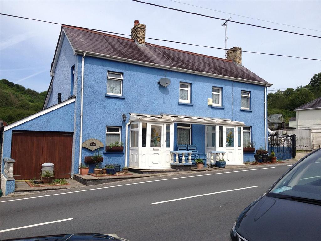 4 Bedrooms House for sale in Alltwalis, Carmarthen