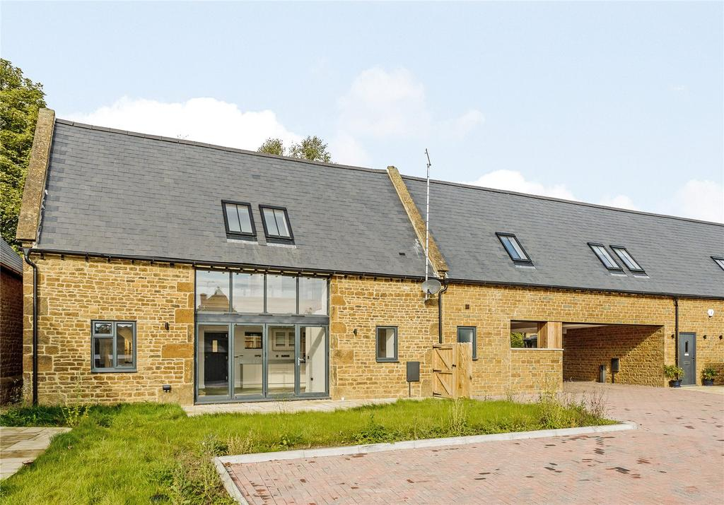 4 Bedrooms Barn Conversion Character Property for sale in Aynho Road, Adderbury, Banbury