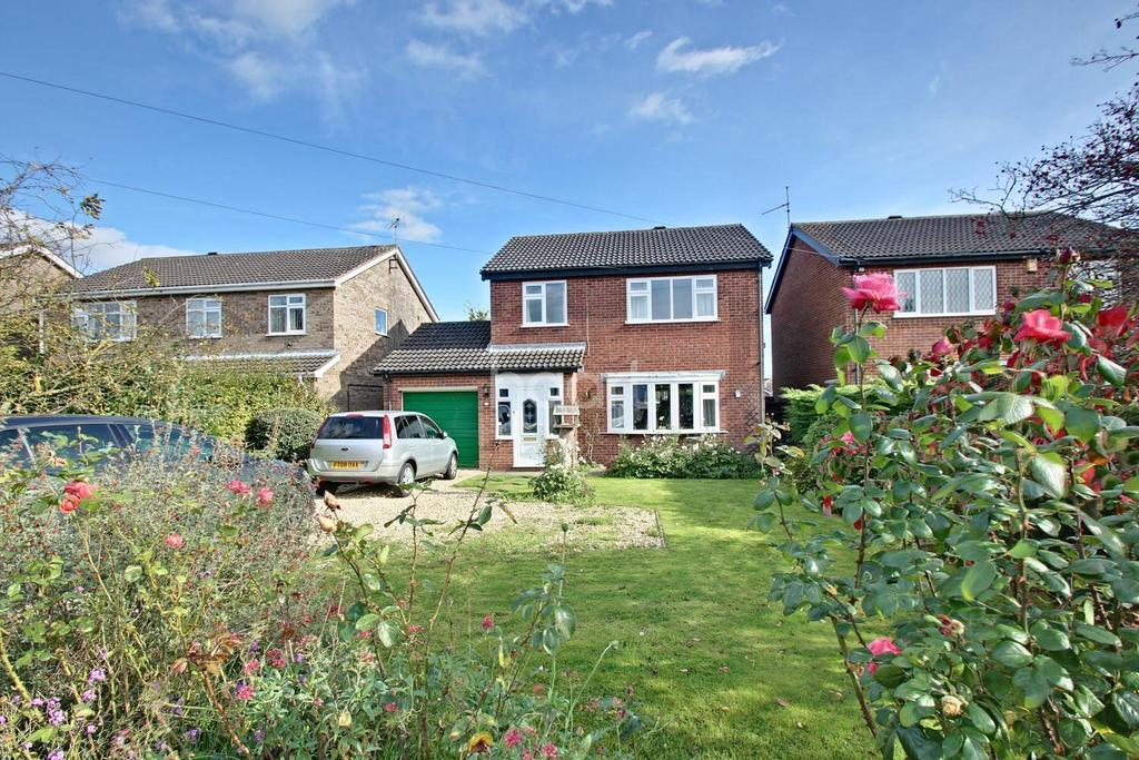 3 Bedrooms Detached House for sale in Station Road, Branston