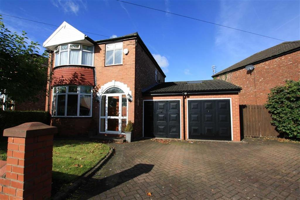 3 Bedrooms Detached House for sale in Chestnut Drive, Sale