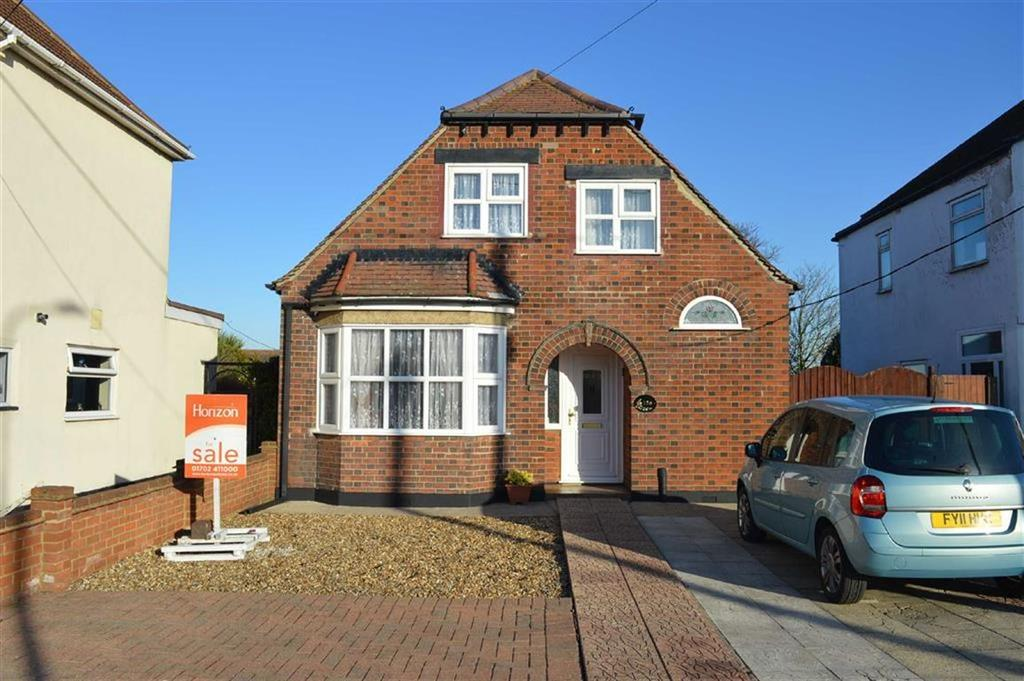 3 Bedrooms Detached House for sale in Ashingdon Road, Rochford, Essex