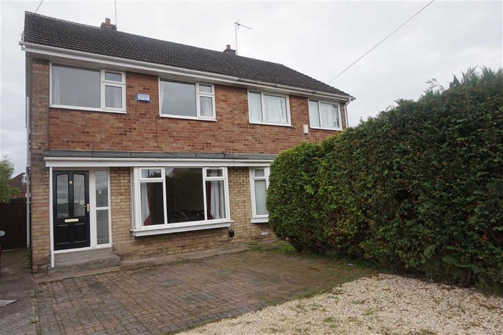 3 Bedrooms Semi Detached House for sale in Brocklesby Close, Hessle, Hessle, HU13