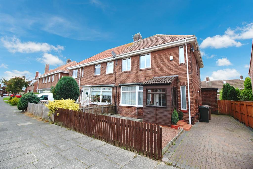 2 Bedrooms Semi Detached House for rent in Appletree Gardens, Whitley Bay